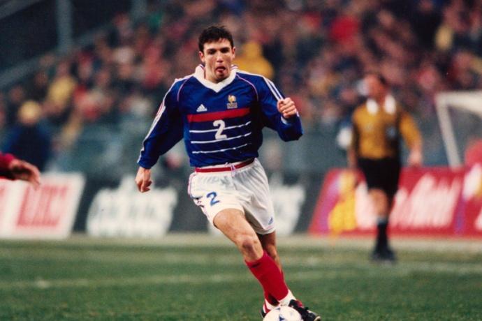 Candela con la maglia della nazionale francese.
