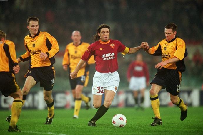 Candela alla Roma nella stagione 2000/2001.